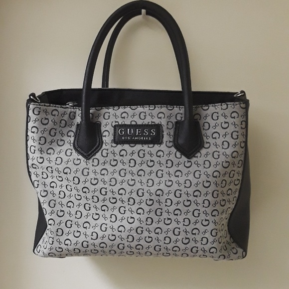 GUESS Los Angeles Purse